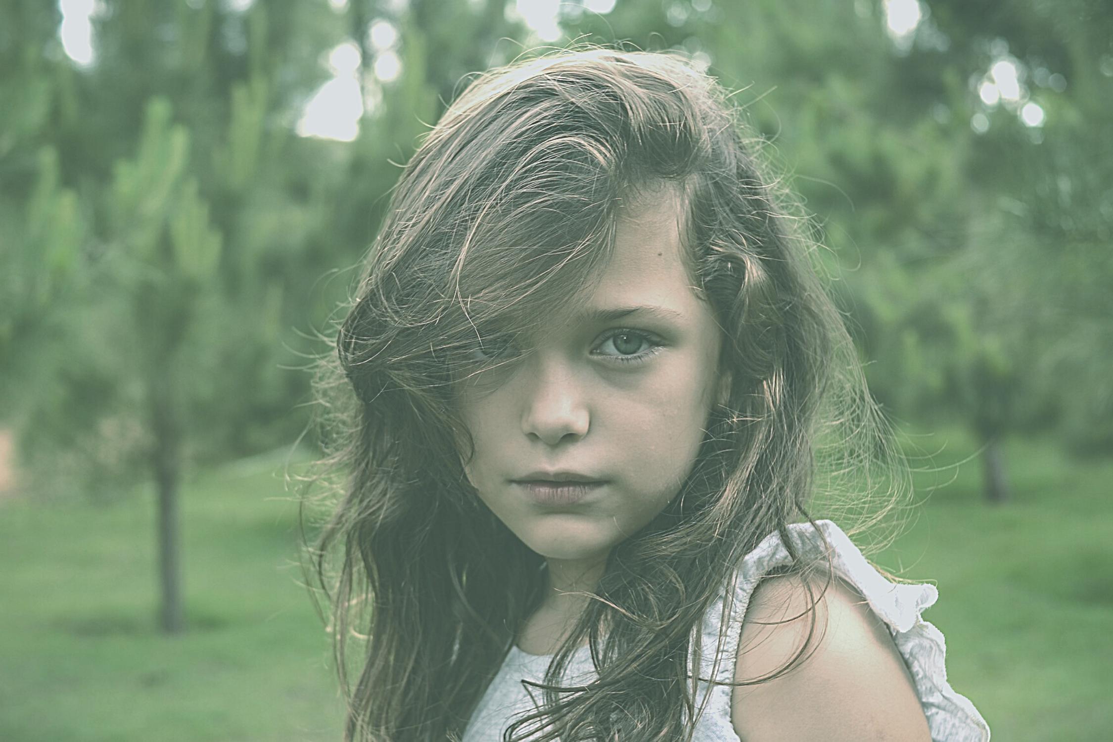 contacto visual, contacto visual autismo, miradas autistas, mi hijo no mira, estimular contacto visual, contacto ocular niños